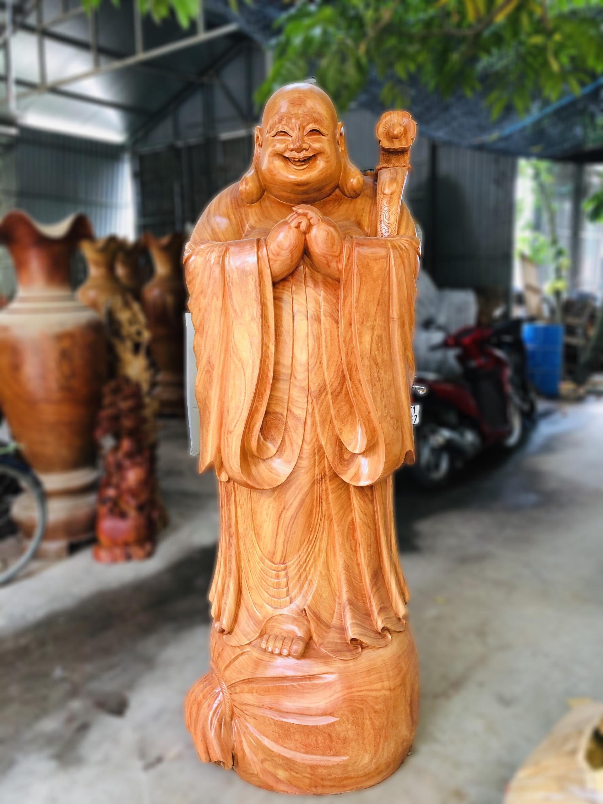 Tượng Di Lặc Chúc Phúc gỗ Hương Đỏ cao 2m