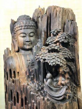 Bái-Phật-Trắc-Dỏ-Den-2