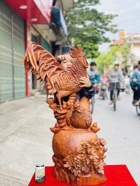 Gia đình gà gỗ nu hương cao 96cm -1