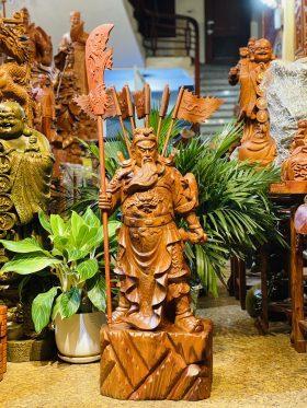 tượng quan công trấn ải gỗ hương ta 1