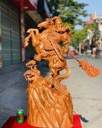 Tượng quan công cưỡi ngựa gỗ hương đá 1