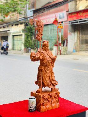tượng quan công chống đao vuốt râu gỗ hương đá 2
