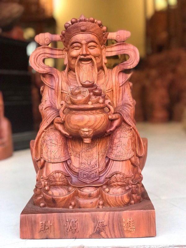 Tượng thần phát gỗ hương