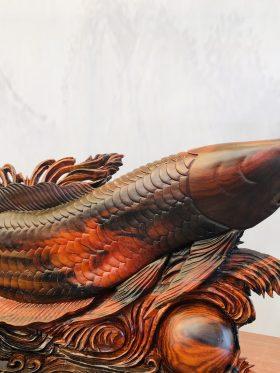 tượng gỗ cá rồng phong thuỷ