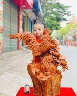 Gia đình gà hoa phù dung gỗ hương ta cao 81cm - 1